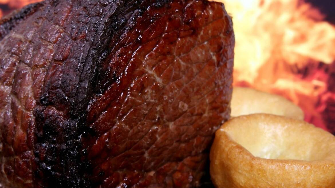 ROAST BEEF WITH CARAMELISED ONION GRAVY RECIPE by GORDON RAMSEY